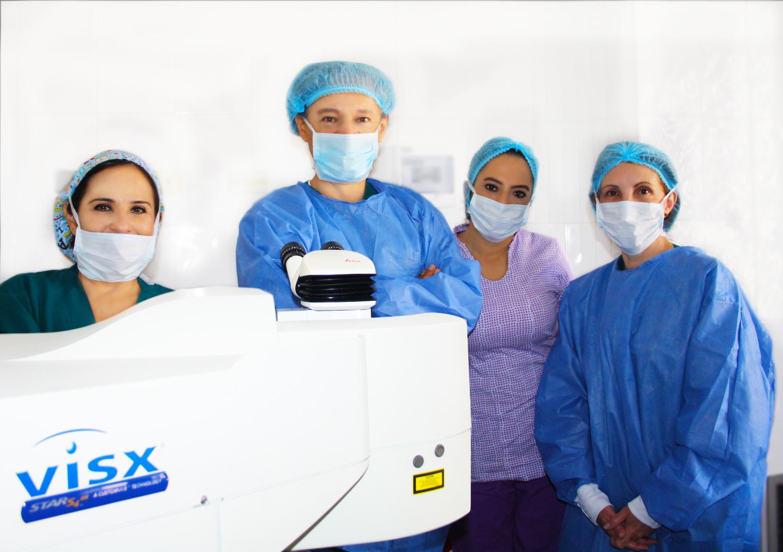 Dr-Cetina-y-su-equipo